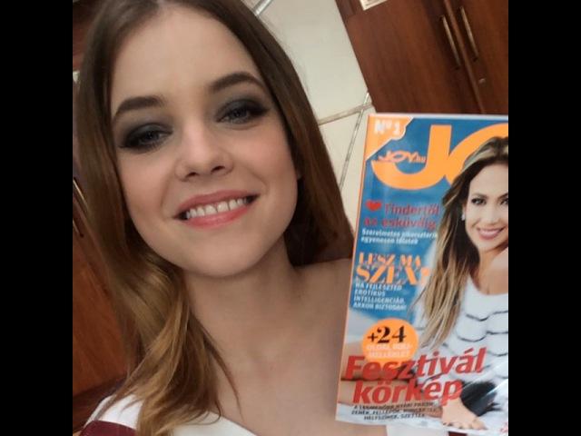 """JOY Magazin on Instagram: """"A csodás @realbarbarapalvin-nal elsőként beszélgettünk a L'Oréal budapesti sajtótájékoztatója előtt, az interjút a…"""""""