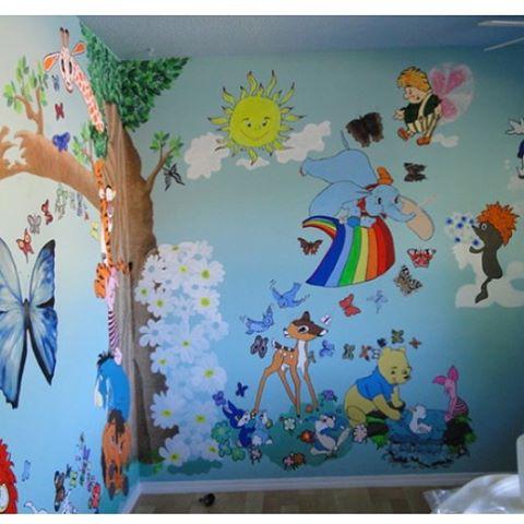 Разрисовать стену в детском саду своими руками
