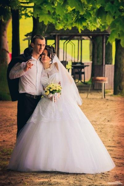 Продам весільну сукню. Всі деталі
