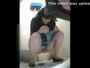 Писинг. Реально скрытая камера в туалете.