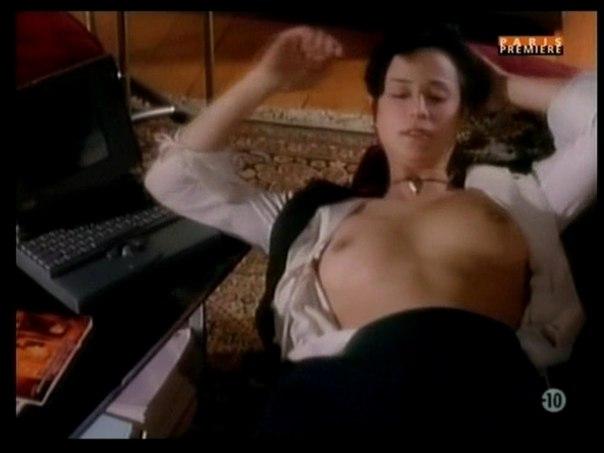 Кэтрин Белл (Catherine Bell) голая
