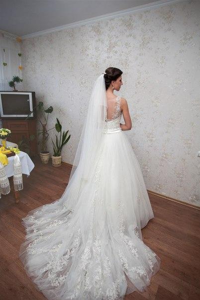 Продаю неперевершену та вишукану весільну