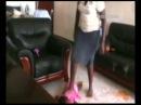 Видео новости - В Уганде няня до полусмерти избила маленького ребенка (18+) | «Факты»