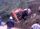 Unfall Bagger überschlägt sich mehrmals Excavator crash OMG 事故