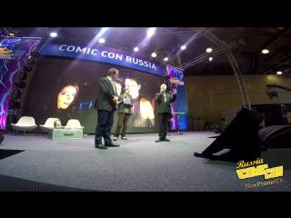 Энтони Дэниелс (C-3PO) на КомикКон - вариант 5