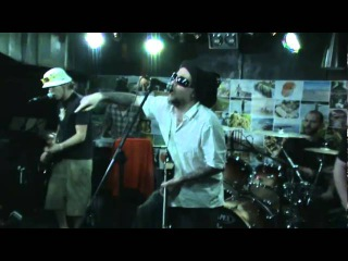 Jaya the cat - Twist the cap (Live @ Stroeja, Sofia) - Feb 2011