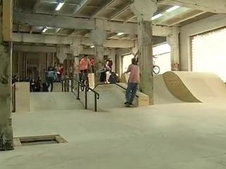 Открытие крытого скейт-парка
