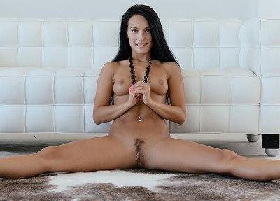 Meet Lexi Dona
