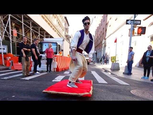 Алладин на электро-ковре по дорогам Нью-Йорка! :)