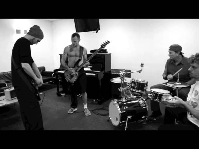 Red Hot Chili Peppers View From The Road Cologne Official Behind The Scenes