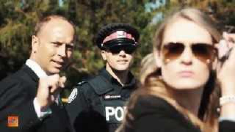 Полиция Торонто говорит по-русски 8