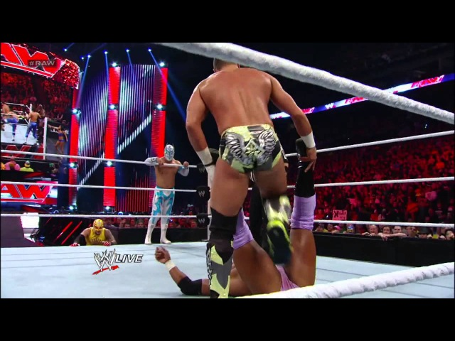 Rey Mysterio, Sin Cara, Tyson Kidd Justin Gabriel vs. The Prime Time Players, Epico Primo - 8-Ma