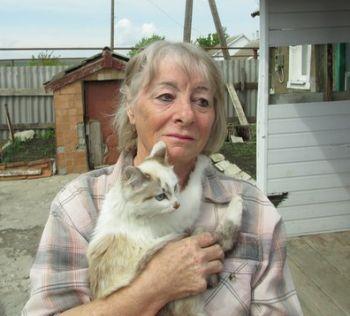 В ЛНР лишенная «айдаровцами» зрения пенсионерка почти год живет в мире силуэтов
