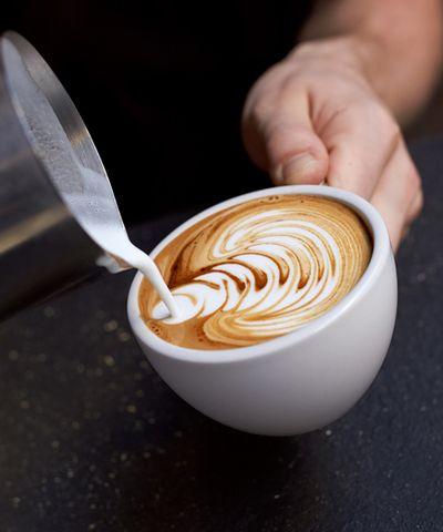 Приготуванння кави - це мистецтво.