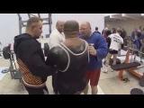 В разминочном зале Эмин Мамедов, Алексей Никулин, Сергей Прудников, Сергей Попов и Андрей Петров