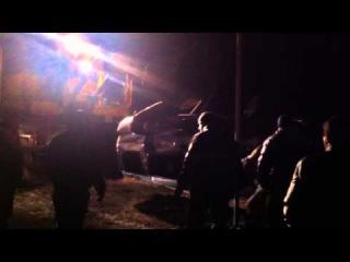 Внедорожник улетел на территорию кладбища и лег на крышу, водитель скрылся.Самара 63 rus.авария