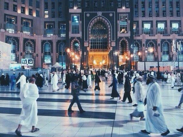 Шейх-уль-ислам Ибн Теймийя сказал: «Верующие испытывают наущения шайтана, и у них появляются нечестивые мысли,