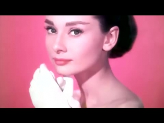 Audrey Hepburn -Moon River-henry mancini