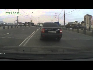 24 Ноября, Махачкала, Дагестан. ДТП на мосту, Авария 2013