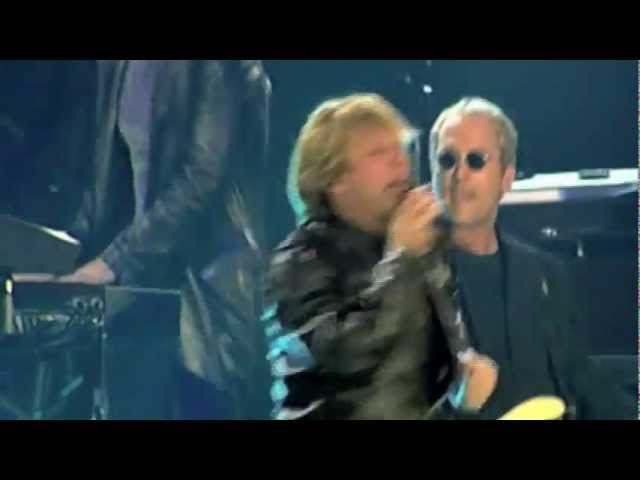 Bon Jovi - Livin' On A Prayer You Give Love A Bad Name [Live]