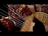 Kinobe playing East African music - Endongo