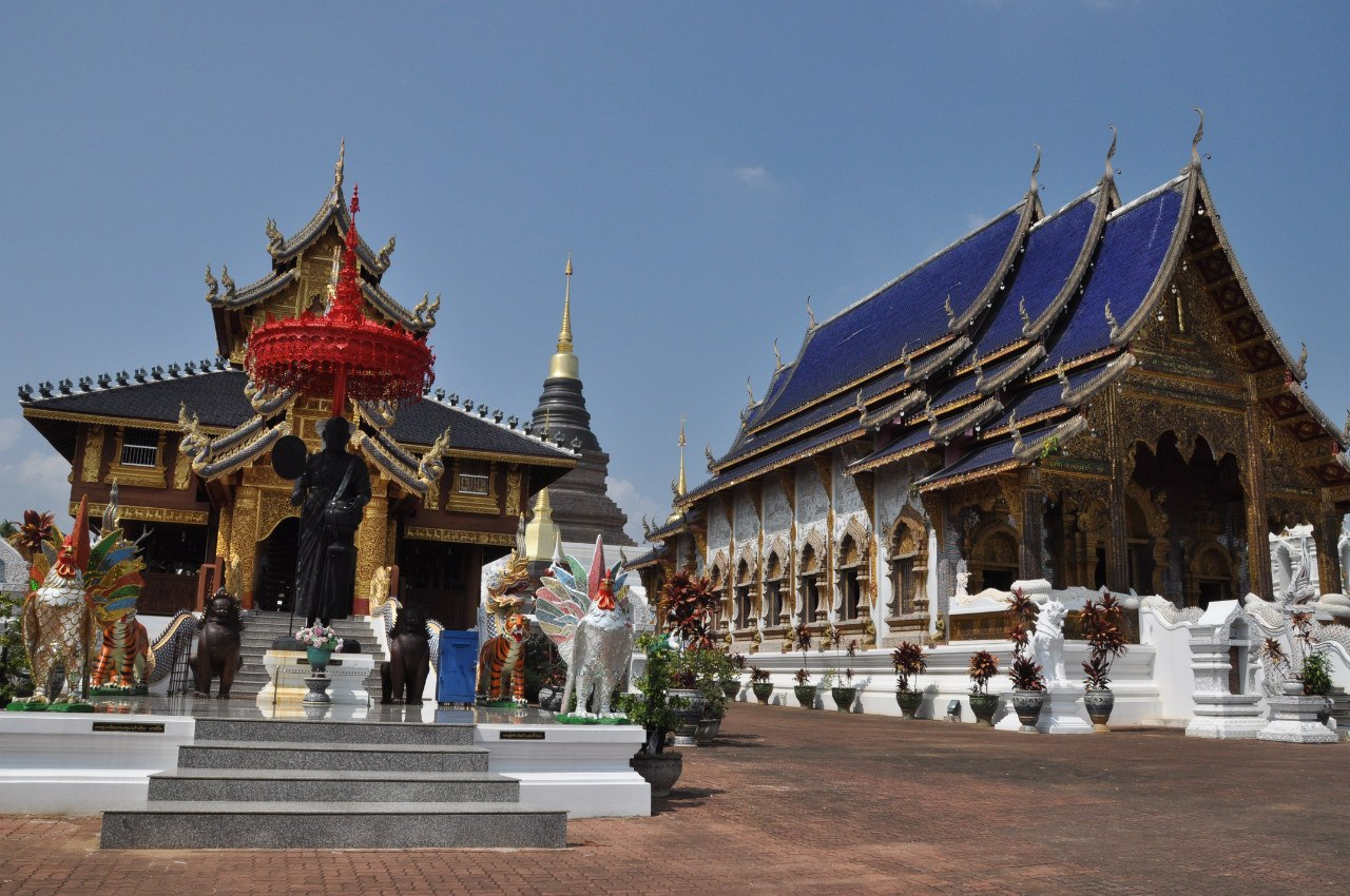 Храм Wat Ban Den