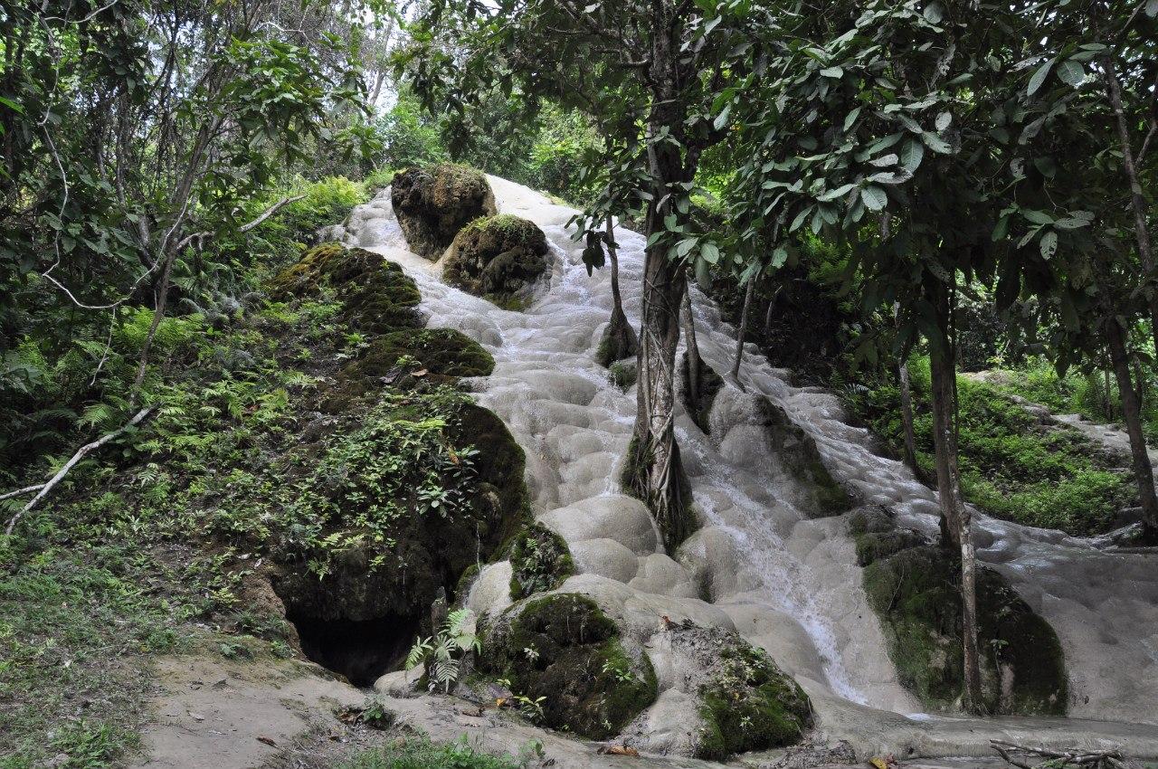 Национальный парк Си Лана водопад Буа Тхонг (Buan Thong)