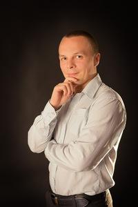 Евгений Кнутов