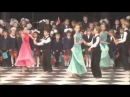 Танец ВАЛЬС на школьном выпускном вечере