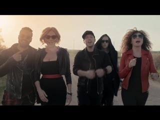 Новинки музыки 2015 года на Музофон ТВ: Бандерос -