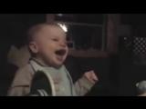 Заразительный детский смех)))) до слез - YouTube_0_1442955530603