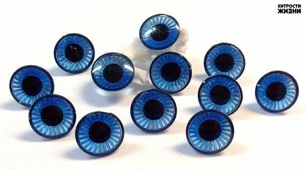 Фитнес для глаз творит чудеса Ради хорошего зрения не пожалейте 10 минут в день. Зарядка для глаз творит чудеса, если делать ее регулярно. Из предложенных 10 упражнений можно выбрать пять, но всему комплексу нужно посвящать примерно 10 минут каждый день. 1. Поморгайте часто в течение двух минут — это нормализует внутриглазное кровообращение. 2. Скосите глаза вправо, а затем переведите взгляд по прямой линии. Проделайте то же самое в противоположном направлении. 3. Ощутите темноту. Считается,…