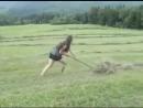 Как быстро убрать сухую траву с поля?