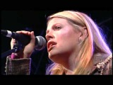 Natalie Maines ft. Bruce Robison &amp Kelly Willis - Travelin' Soldier