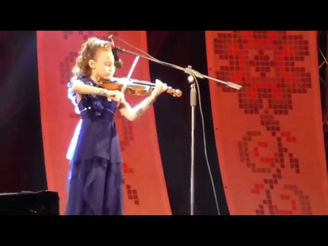 Диана, 8 лет. Скрипка. *Сонце нызенько* укр. нар. песня.