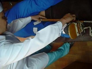 23 Наложение шины Дитерихса при переломе бедра(Жанаспаев М.А.)