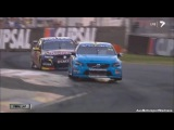 V8 Supercars   Mclaughlin vs Whincup Awesome Finish! - 2014 Clipsal 500