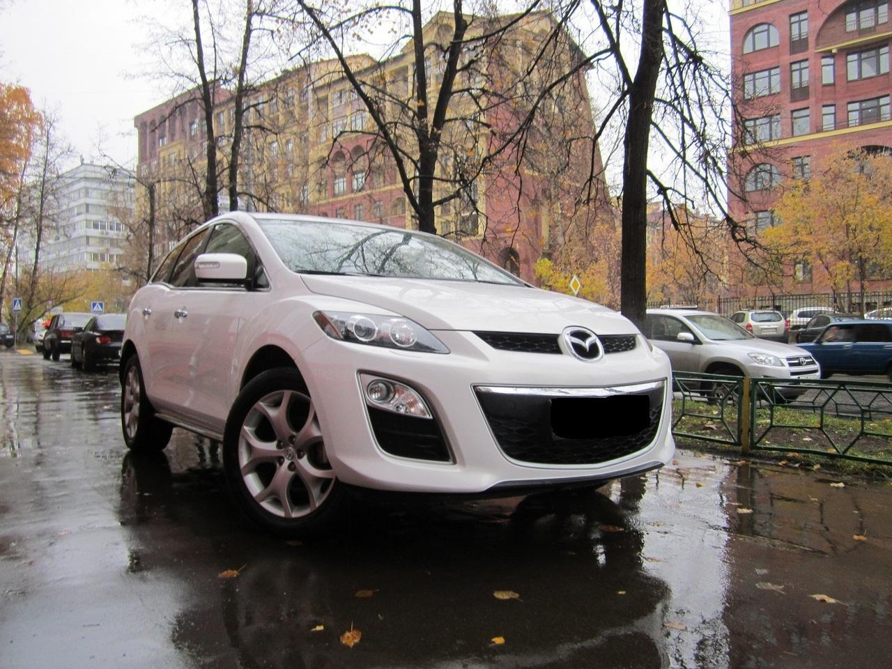 На Самбекском посту ГИБДД инспектора ДПС задержали угнанную Mazda CX-7