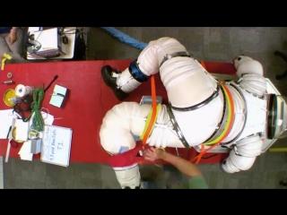 Космические путешествия: Выживание в бездне (2013)