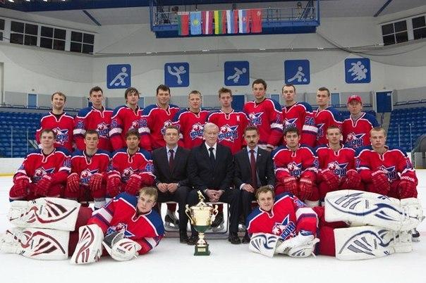 фото молодежки вся команда