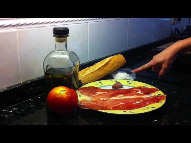 Tosta de jamón con truco: tomate y aceite