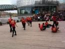 Salsa caleña en el río Moscú (Колумбийская сальса на Набережной)