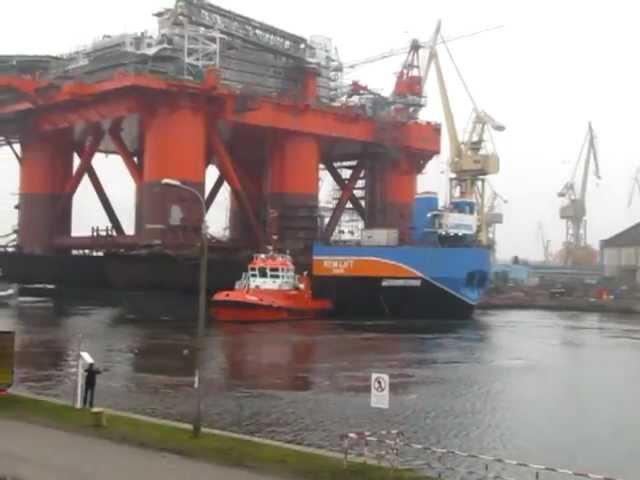Platforma Safe Caledonia na barko-pontonie REM Lift 25 000, Remontowa 21.11.2012