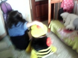 насилуес пчелу. русский прон