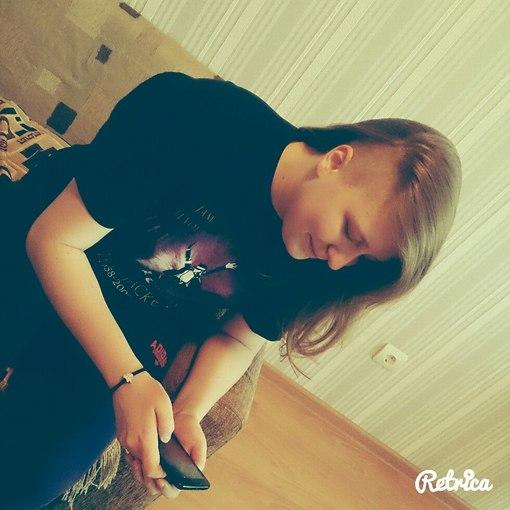 dvoynoe-proniknovenie-v-russkuyu-blondinku