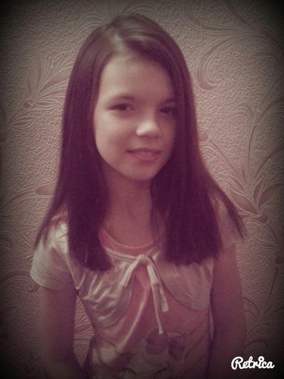 Алинка Лопатченко