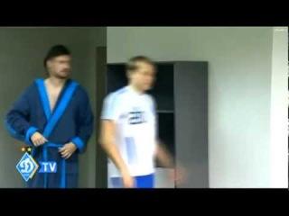Милевский пришел на презентацию Блохина в халате