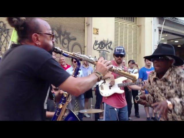 Brushy One String   Argentina Street Jam (Jah for Me) Epic!