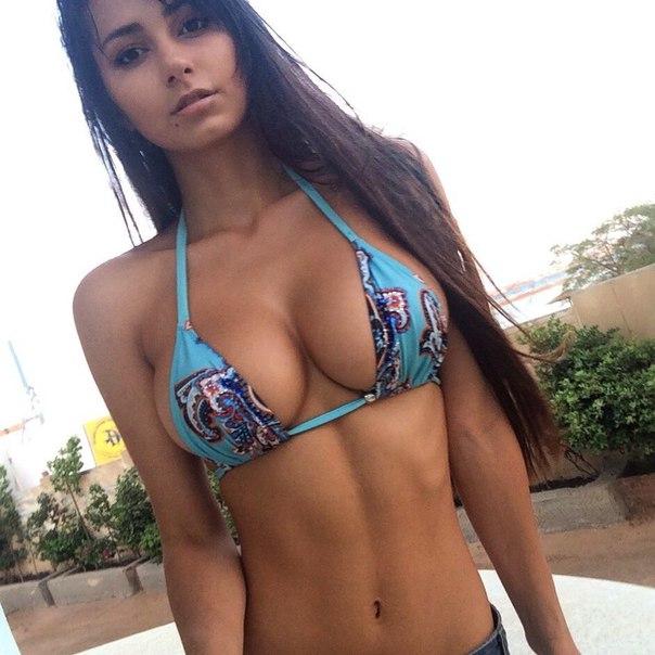 большую грудь