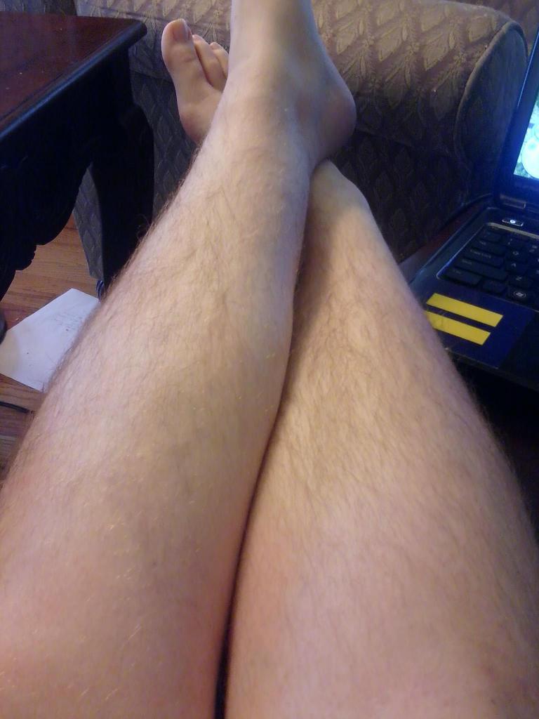 Ебут волосатые ноги в колготках фото и видео любимая